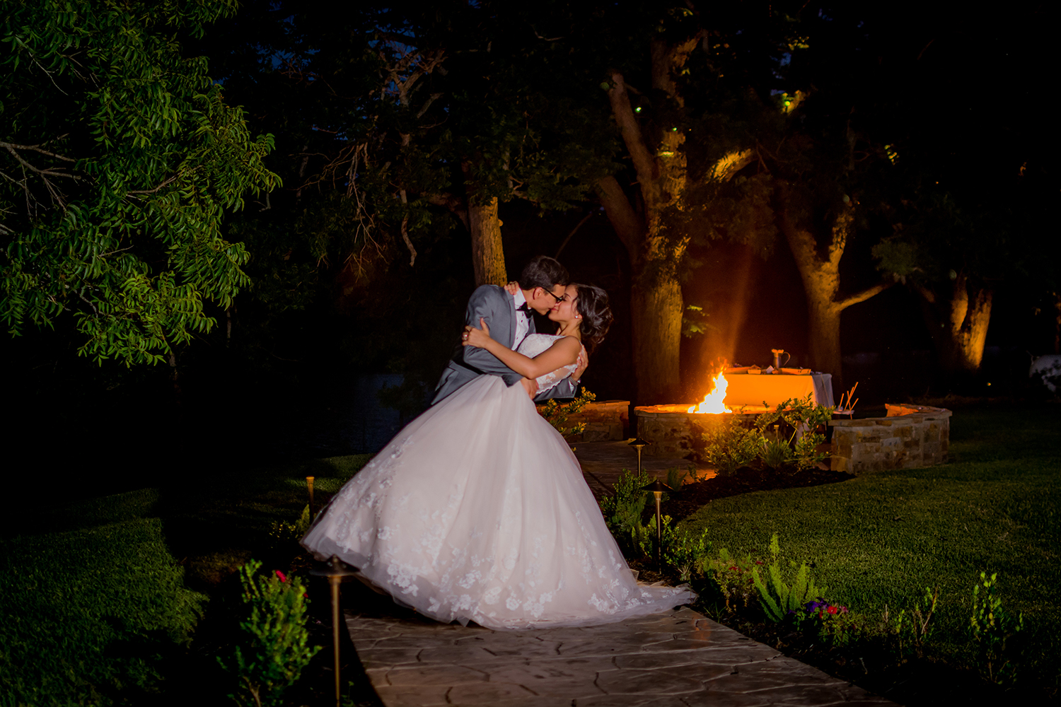 Elias & Reyna Gonzalez's Wedding ~ Elite Photography TX